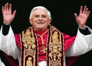 Pope-Benedict-XVI_6