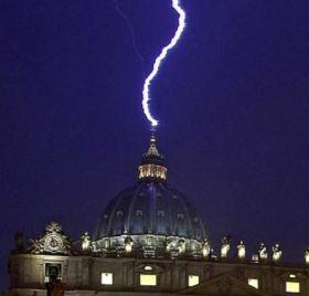 lightning_strikes_vatican_david_wilcock_article